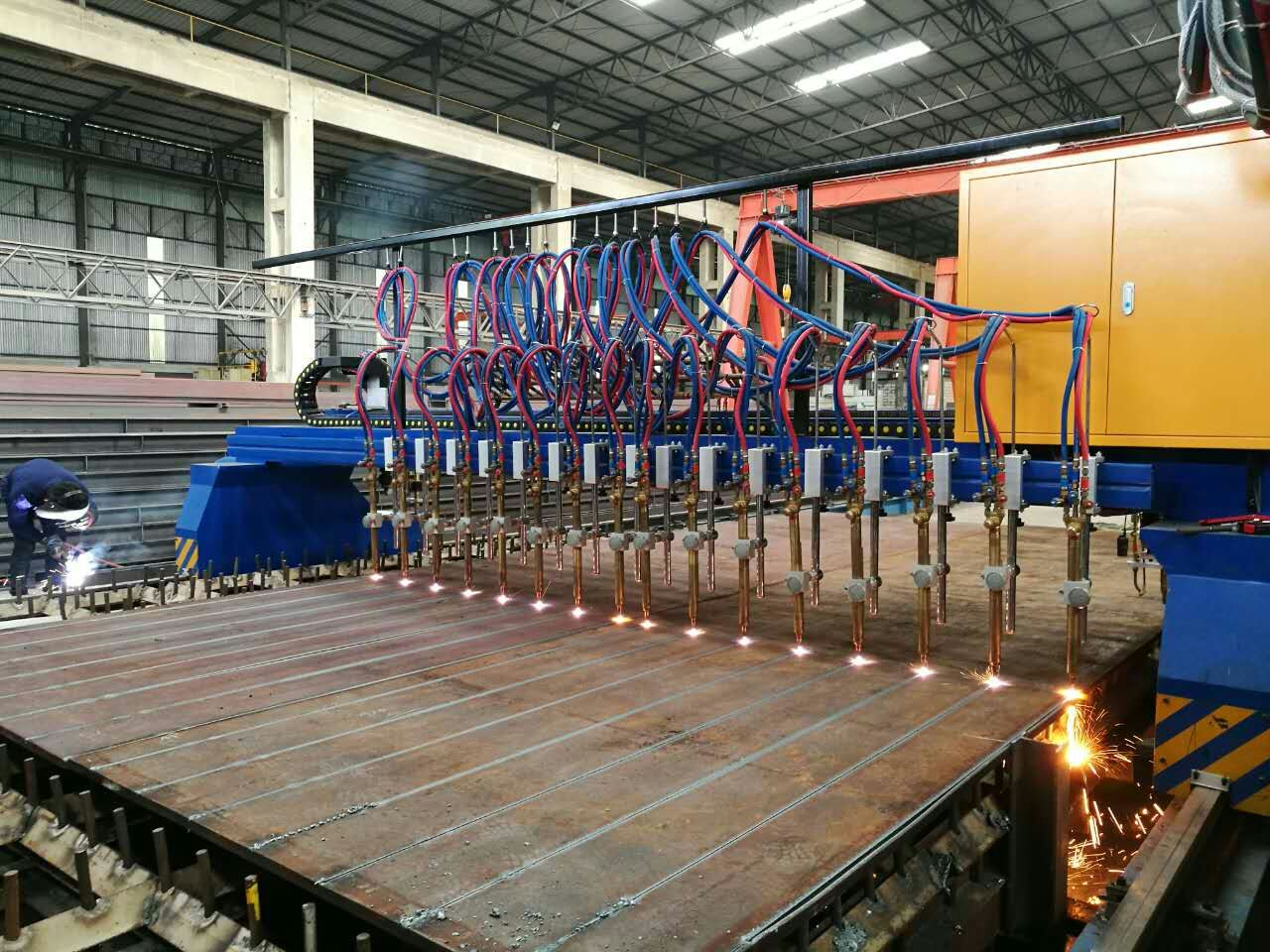 gantry cnc plasma flame cutting machine with multi flame torch